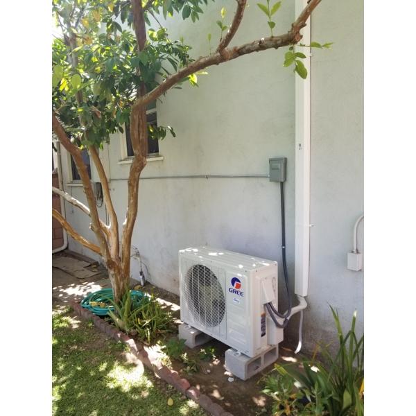 Gree LIVO WiFi Ductless Mini Split Air Conditioner Heater Heat Pump Inverter