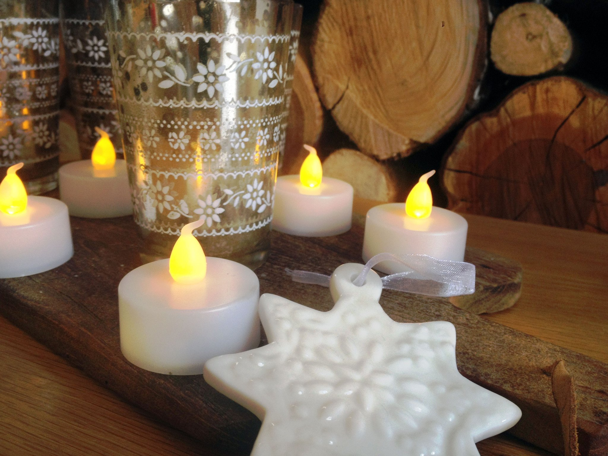 Set of 12 Yellow LED Tealight Candles